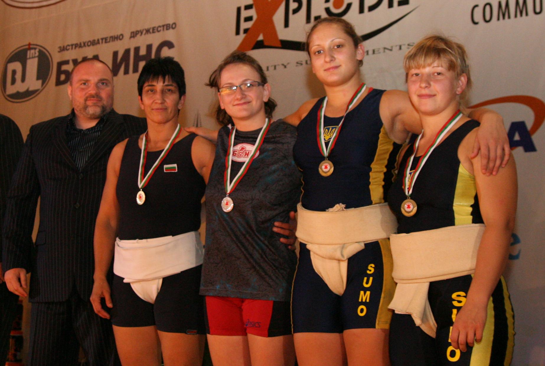 Истински дъжд от медали за България на ЕП по сумо във Варна.